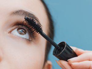 eyelash serum funziona